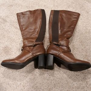 Cute Brown Tall Boot. Size 10 NEW Never Worn